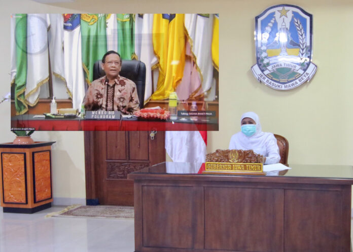 Gubernur Jawa Timur, Khofifah Indar Parawansa meminta seluruh jajaran Dinas Tenaga Kerja (Disnaker) Kabupaten/Kota memahami utuh dan seksama UU Cipta Kerja.